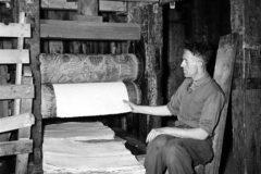 De Schoolmeester – Glanzen van het papier